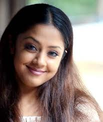 Jyothika shoots again for '36 Vayathinile'